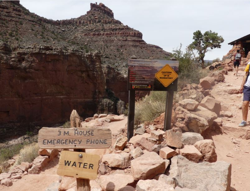 3 Mile House Grand Canyon
