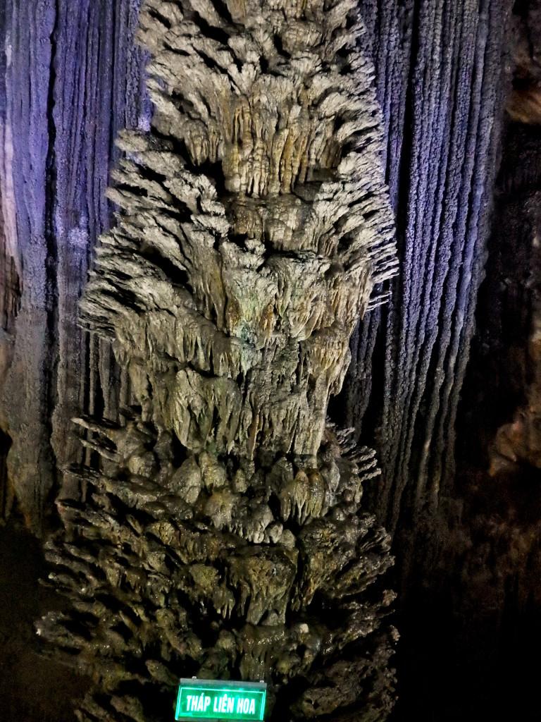 Turm der Blumen Paradise Cave